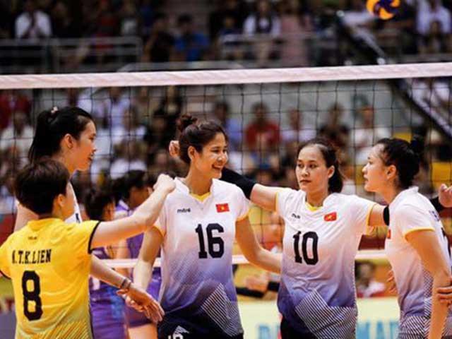 Đại chiến bóng chuyền nữ Việt Nam: Linh Chi tung hoành dồn ép Ngọc Hoa