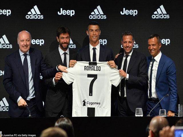 """""""Bom tấn"""" sốc nhất chuyển nhượng 2018: Thế giới choáng váng vì Ronaldo"""