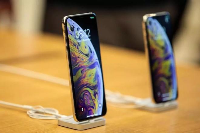 iPhone nào là phù hợp cho bạn mua sắm du xuân? - 1