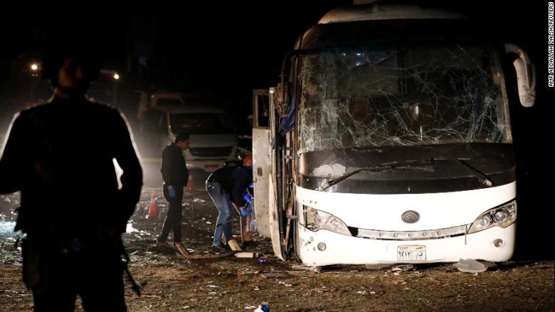 Vụ đánh bom đẫm máu du khách Việt ở Ai Cập: 40 kẻ khủng bố bị tiêu diệt - 1
