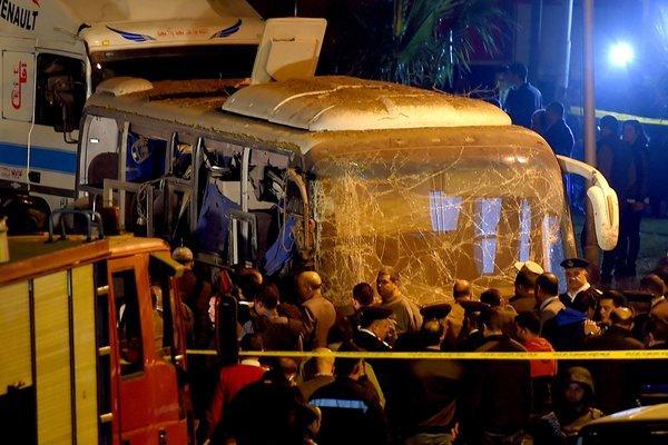 Việt Nam cực lực lên án những kẻ khủng bố đánh bom du khách ở Ai Cập - 1