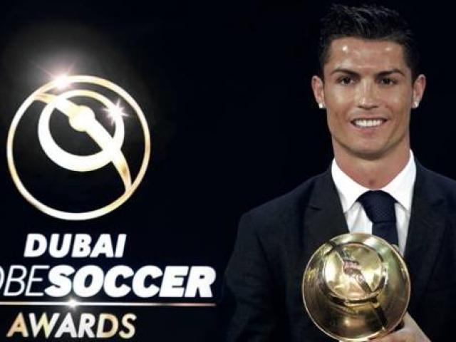 """Ronaldo rời Juventus, sắp ẵm giải Messi, """"Quả bóng Vàng"""" Modric phải nể"""