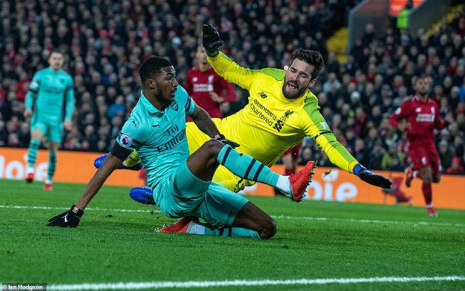 """Góc chiến thuật Liverpool - Arsenal: Thủ """"nát"""" đụng phải công cường - 1"""