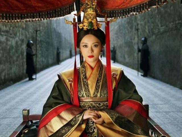 Kỹ nữ đẹp tuyệt trần và cuộc tình kỳ lạ với hoàng đế Trung Hoa