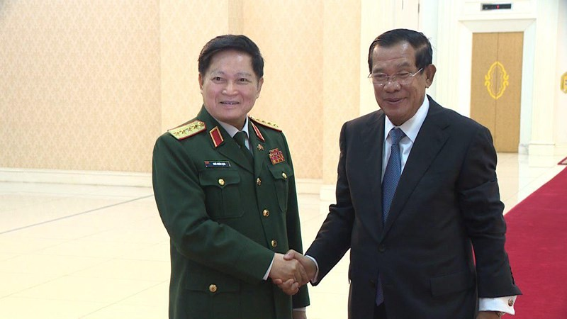 Việt Nam tài trợ 10 triệu USD cho Bộ Quốc phòng Campuchia - 2