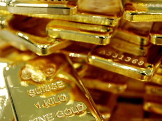 Giá vàng hôm nay 1/10: Đồng bạc xanh tăng giá, vàng tiếp tục lao dốc