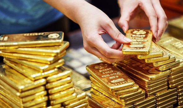 Giá vàng hôm nay 2/10: Vàng tăng khủng nhờ tin tốt - 1