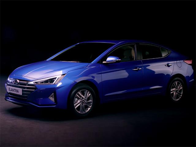 Hyundai Elantra 2020 ra mắt với nhiều thay đổi, giá bán từ 519 triệu đồng tại Ấn Độ