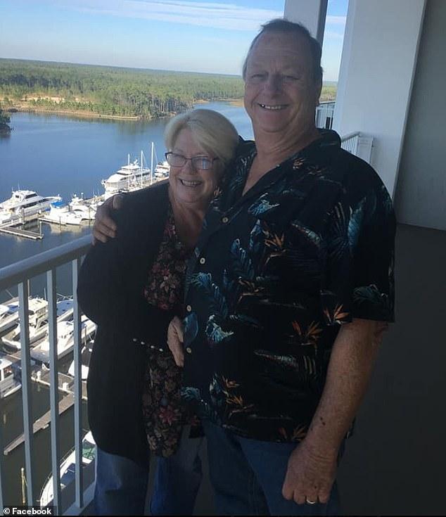 Mỹ: Bay 7.200km đến gây bất ngờ dịp sinh nhật bố vợ, không ngờ bị bắn chết tại chỗ - 1