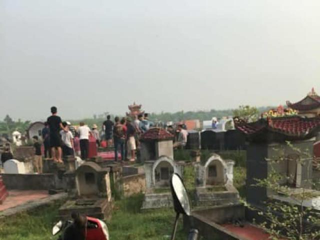 Nóng: Phát hiện một phụ nữ bị sát hại, vứt xác ở nghĩa trang