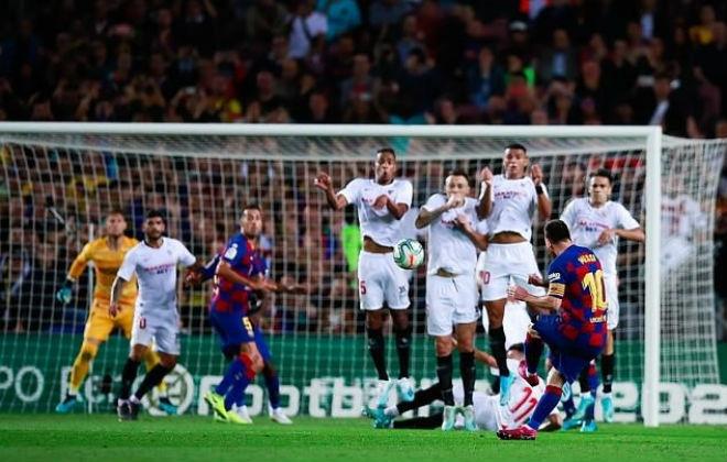 Messi lập kỷ lục La Liga: Đua Ronaldo bóng Vàng, săn kỳ tích như Pele - 1