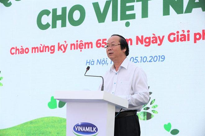 Quỹ sữa vươn cao Việt Nam và quỹ 1 triệu cây xanh tổ chức lễ trồng cây và trao sữa tại Hà Nội - 1