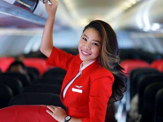 Ngắm vẻ đẹp quyến rũ của những nữ tiếp viên hàng không trên thế giới