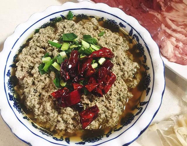 4 món ăn vặt kỳ lạ nhất của người Trung Quốc - 2