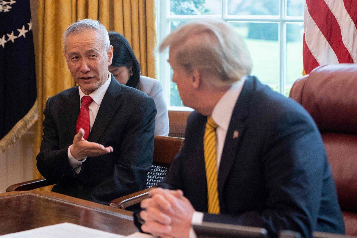 Trung Quốc xuống giọng, muốn ông Trump ngừng tung đòn thuế mới - 1