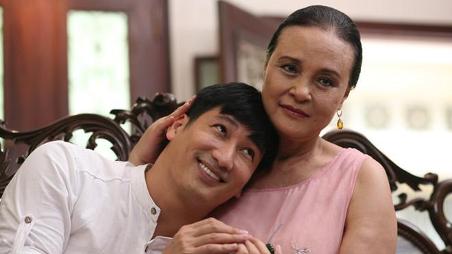 """NSND Hoàng Cúc: """"Mỹ nhân Việt đẹp nhất thập kỷ"""" vượt qua ung thư để đi diễn - 1"""