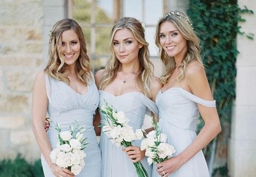 Cô dâu phẫn nộ khi đám cưới nhiếp ảnh gia chỉ chăm chú chụp phù dâu - 1
