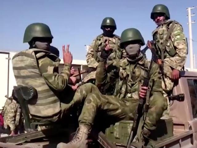 Thổ Nhĩ Kỳ đánh đồng minh Mỹ, 7 vạn người của khủng bố IS sẽ thoát tù tràn ra ngoài?