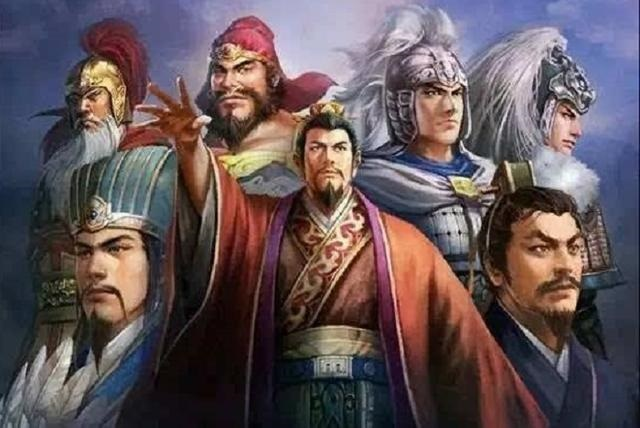 Nắm trong tay Ngọa Long, Phượng Sồ và Ngũ hổ tướng, vì sao Lưu Bị vẫn để tuột thiên hạ? - 1