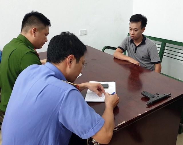 Lời khai của đối tượng cầm súng cướp tiệm vàng tại Quảng Ninh - 1