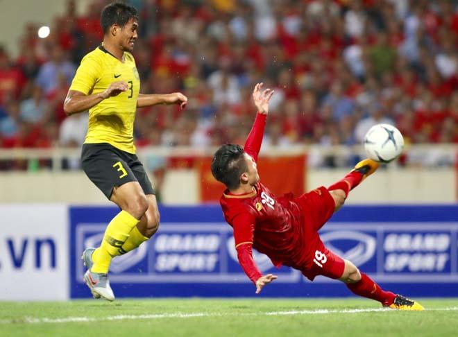 ĐT Việt Nam bất bại vòng loại World Cup: Văn Lâm sạch lưới, thầy Park cao tay - 1