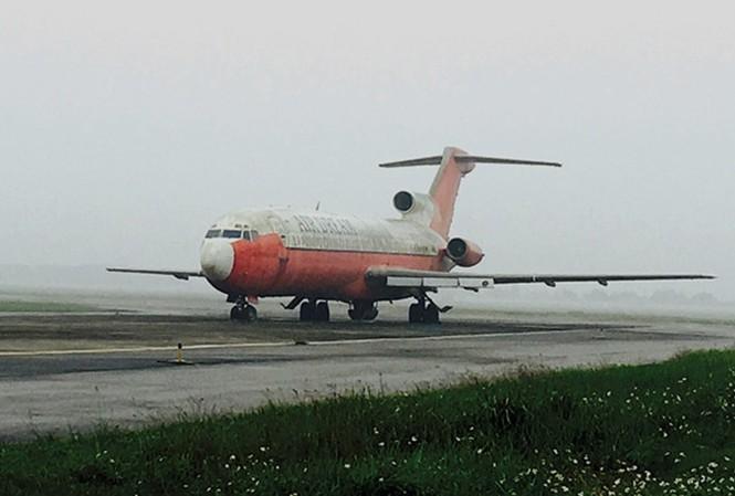 Tiết lộ sốc máy bay Boeing bỏ quên ở Nội Bài: Giá trị như... sắt vụn? - 1