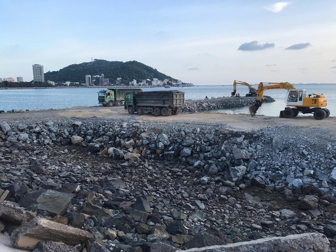 Dự án lấp biển Vũng Tàu làm thủy cung vẫn triển khai ồ ạt - 1