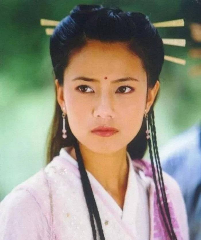 """""""Chu Chỉ Nhược"""" Cao Viên Viên xứng danh nàng thơ xinh đẹp của Kim Dung - 1"""