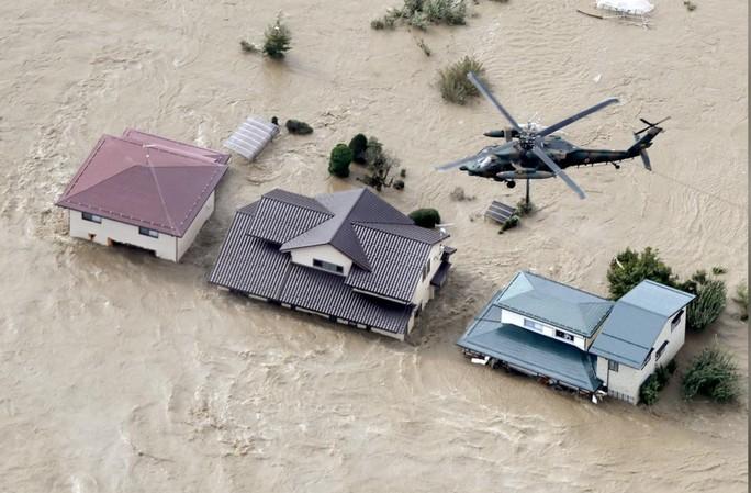 Giải cứu 9 người Việt Nam trong bão Hagibis ở Nhật Bản - 1