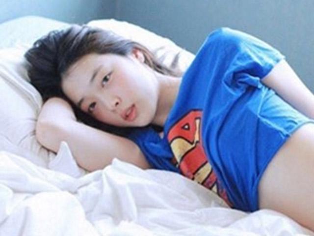 """Sốc: """"Thánh nữ"""" Hàn Quốc Sulli qua đời ở tuổi 25"""