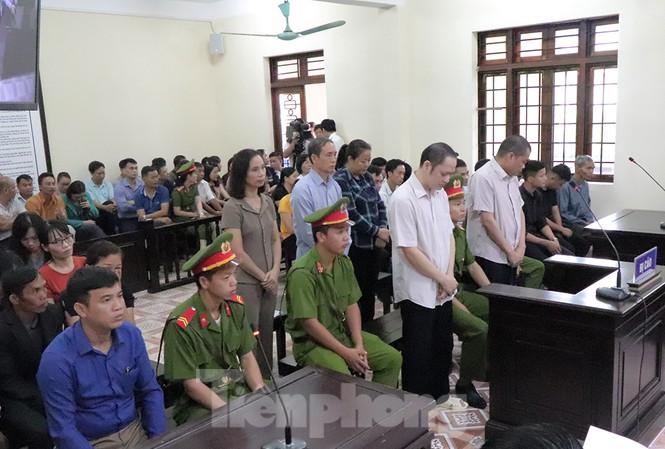 """Lộ danh tính """"lão phật gia"""" nghi nhờ nâng điểm thi tại Hà Giang - 1"""