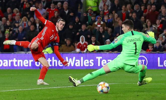 Video highlight trận Xứ Wales - Croatia: Bale tỏa sáng, đấu đương kim QBV Modric - 1