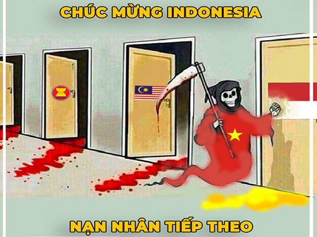 """Ảnh chế: Indonesia """"run rẩy"""" khi Việt Nam đến nhà gõ cửa"""