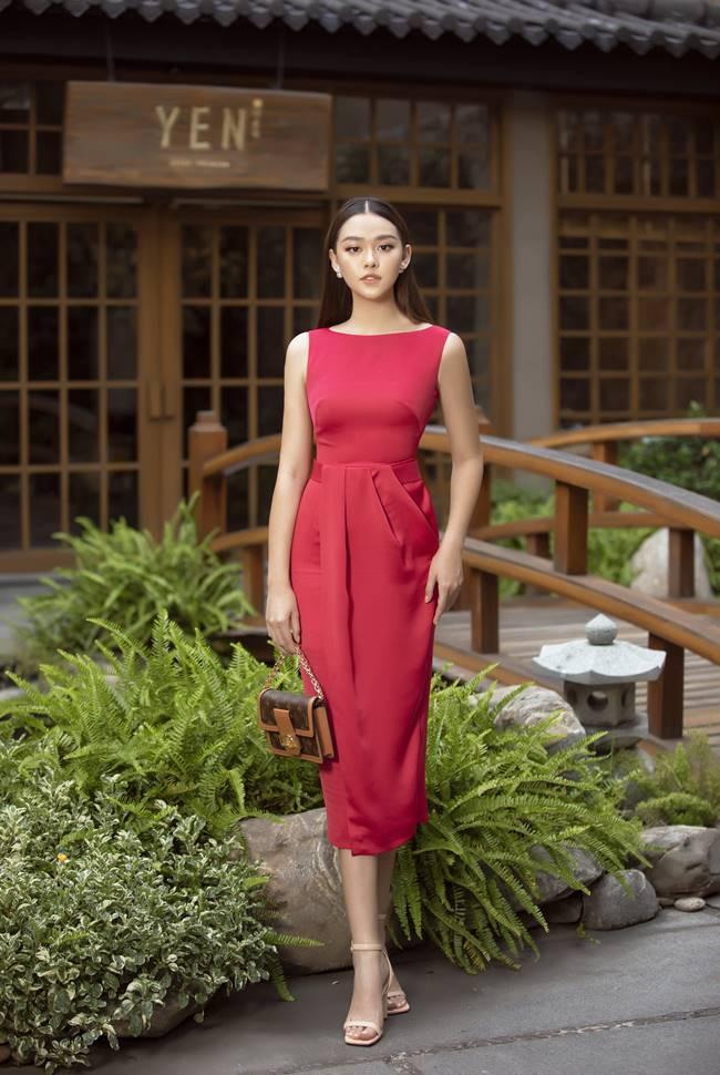 Á hậu Tường San đẹp rực rỡ trước ngày thi Miss International 2019 - 1