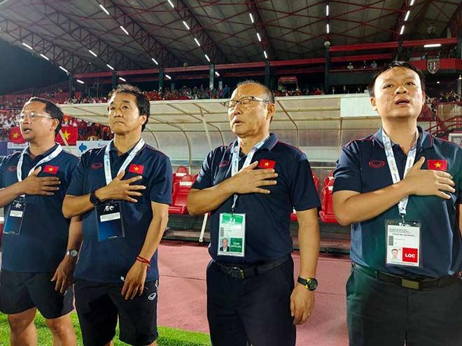 Họp báo Indonesia - Việt Nam: HLV Park Hang Seo nói gì về bàn thua? - 1