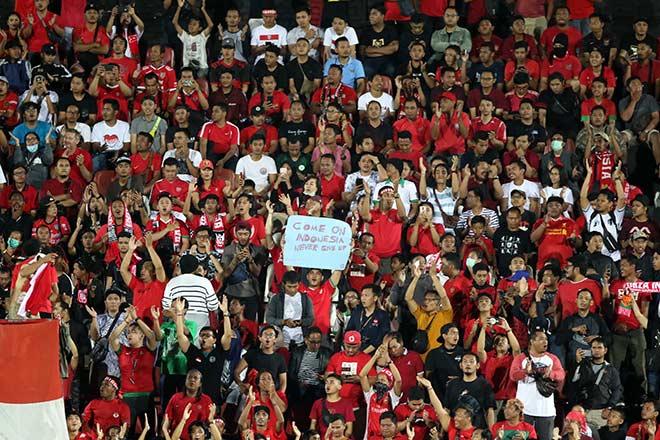ĐT Việt Nam vui mừng mở hội, CĐV Indonesia thất vọng tột cùng - 1