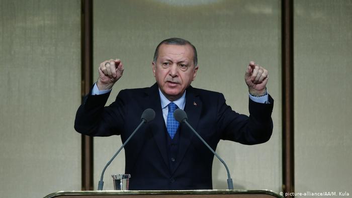 Phản ứng cứng rắn của Tổng thống Thổ Nhĩ Kỳ sau khi ông Trump ra đòn trừng phạt - 1