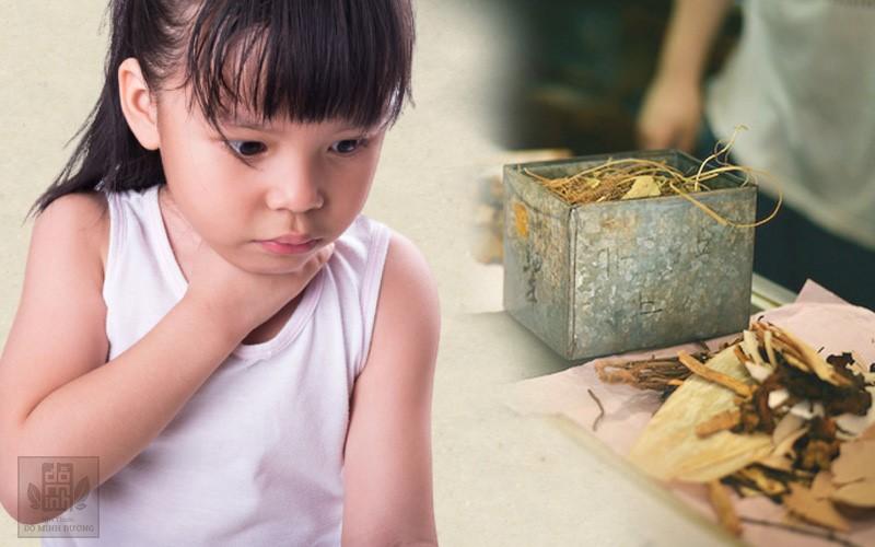 Viêm amidan ở trẻ em: Triệu chứng và cách điều trị không kháng sinh cha mẹ nên biết - 1