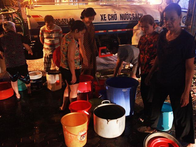 Nước sạch sông Đà được cấp trở lại, người dân có thể dùng ăn uống?