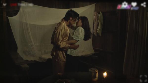 """""""Tiếng sét trong mưa"""" quá nhiều cảnh nóng trái luân thường, đạo diễn nói gì? - 1"""