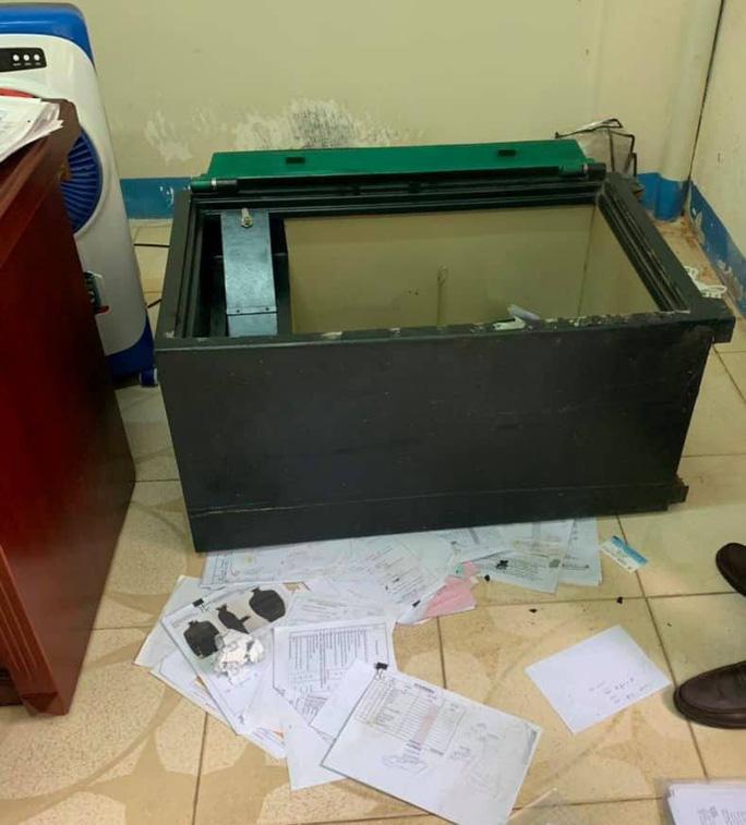 Thủ đoạn của băng nhóm nước ngoài chuyên đục két sắt trộm tiền tỉ tại Đà Nẵng - 1