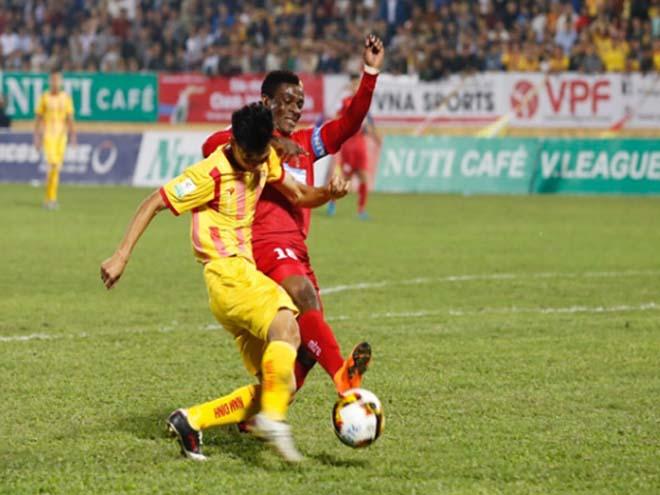 """Video highlight trận Nam Định - Hải Phòng: """"Bàn thắng vàng"""" phút 87, trụ hạng vỡ òa (Vòng 25 V-League) - 1"""