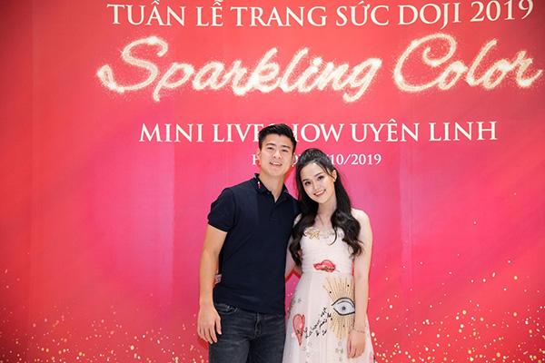 Đến Tuần lễ Trang sức DOJI 2019, Duy Mạnh mua nhẫn kim cương tặng bạn gái dịp 20/10 - 1