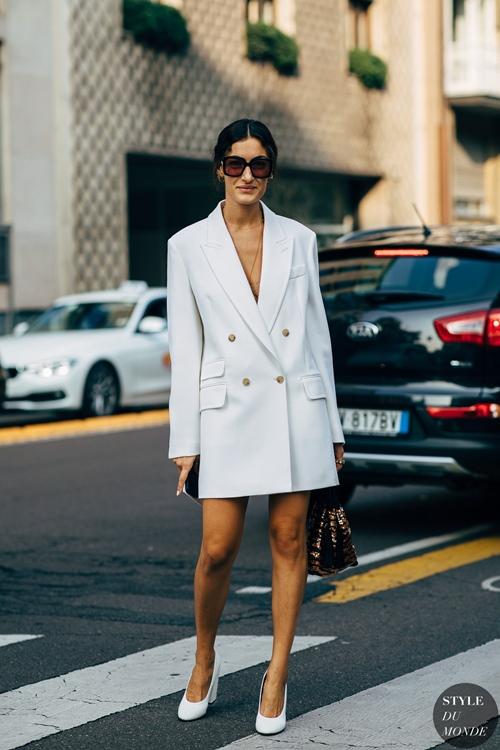 Bí quyết diện đồ màu trắng không lo bị nhạt - 4