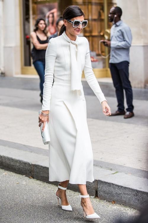 Bí quyết diện đồ màu trắng không lo bị nhạt - 10