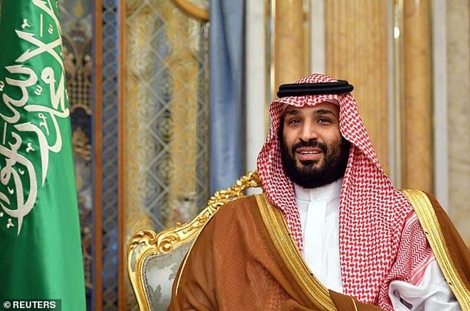 """Thái tử Ả Rập quay lại mua MU 3,8 tỷ bảng: Chủ Mỹ tháo chạy, """"Quỷ đỏ"""" sắp đổi đời? - 1"""