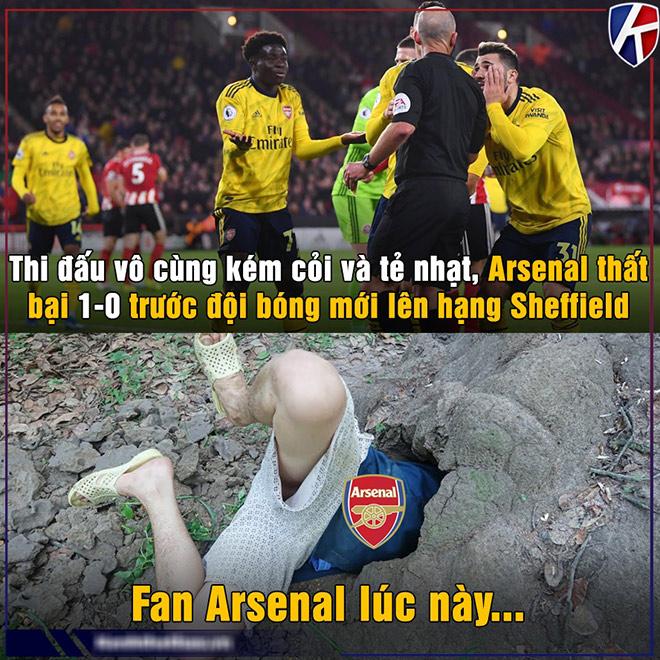 """Ảnh chế: Arsenal thua đội mới lên hạng, fan """"tìm hang"""" trốn cùng MU - 1"""