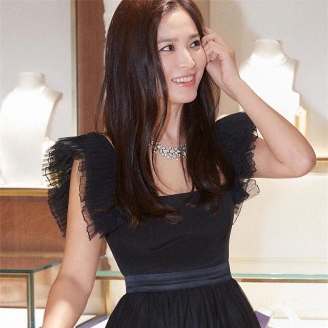 Cuộc sống của Song Hye Kyo và chồng cũ sau 4 tháng chia tay - 1