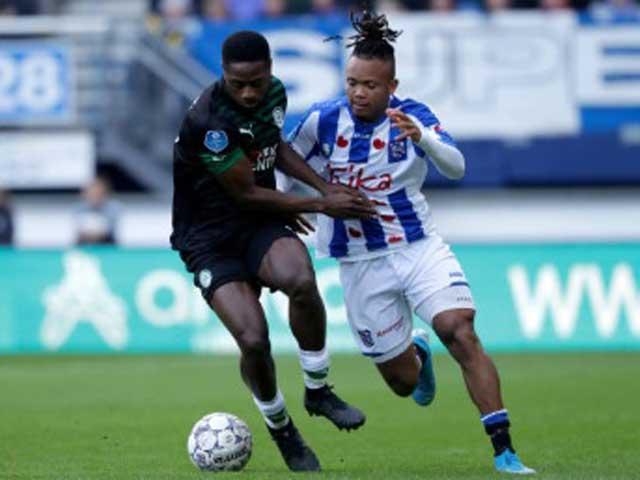 """Video highlight trận Heerenveen – Groningen: Penalty định đoạt, """"tội đồ"""" ở vị trí Văn Hậu - 1"""