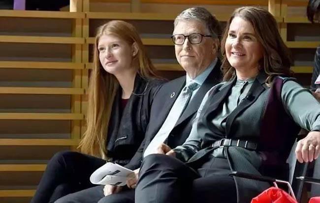 Con gái của Bill Gates được dạy dỗ như thế nào? - 1